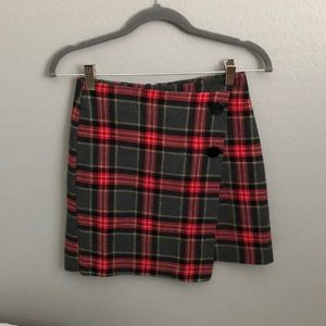 lined plaid skirt